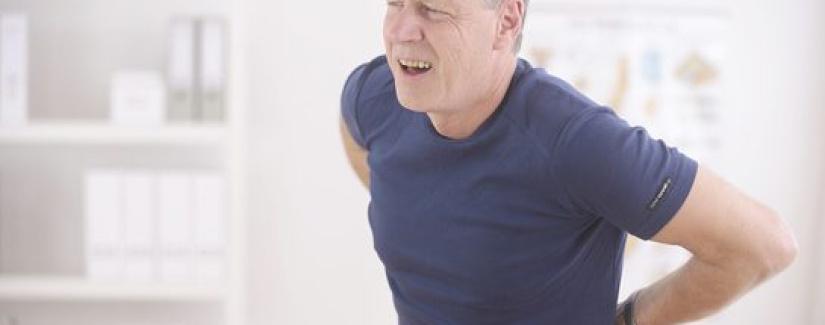 Kambur Durmak Bel ve Boyun Sağlığını Tehdit Ediyor
